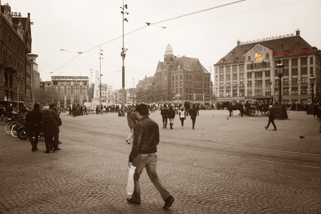 Amsterdam cosa vedere in 4 giorni il tuo posto nel mondo for Ostello amsterdam piazza dam