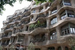 Casa-Milà