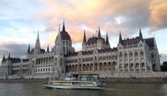 Budapest copertina
