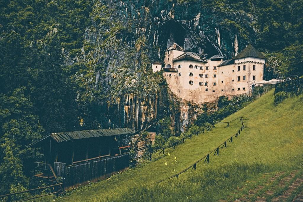 Castello di Predjama Postumia Slovenia