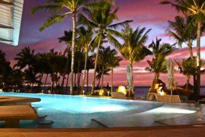 Victoria Beachcomber Mauritius piscina
