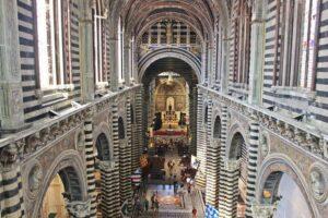 panorama dall'alto della cattedrale di Siena